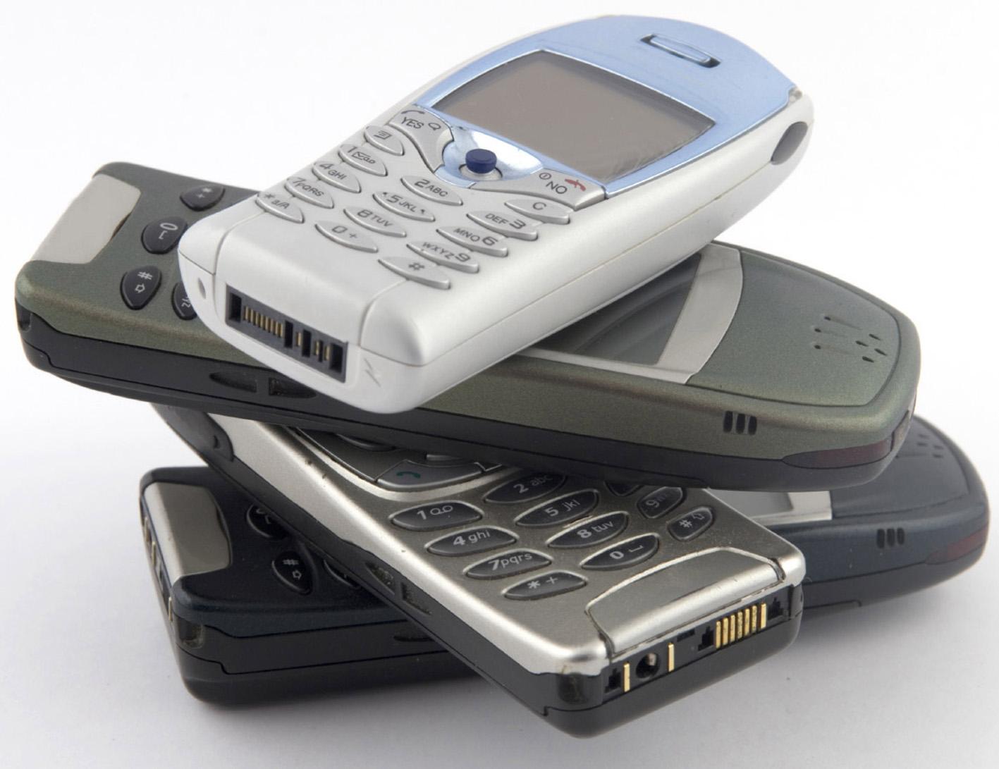 Al026-Reciclaje-de-móviles