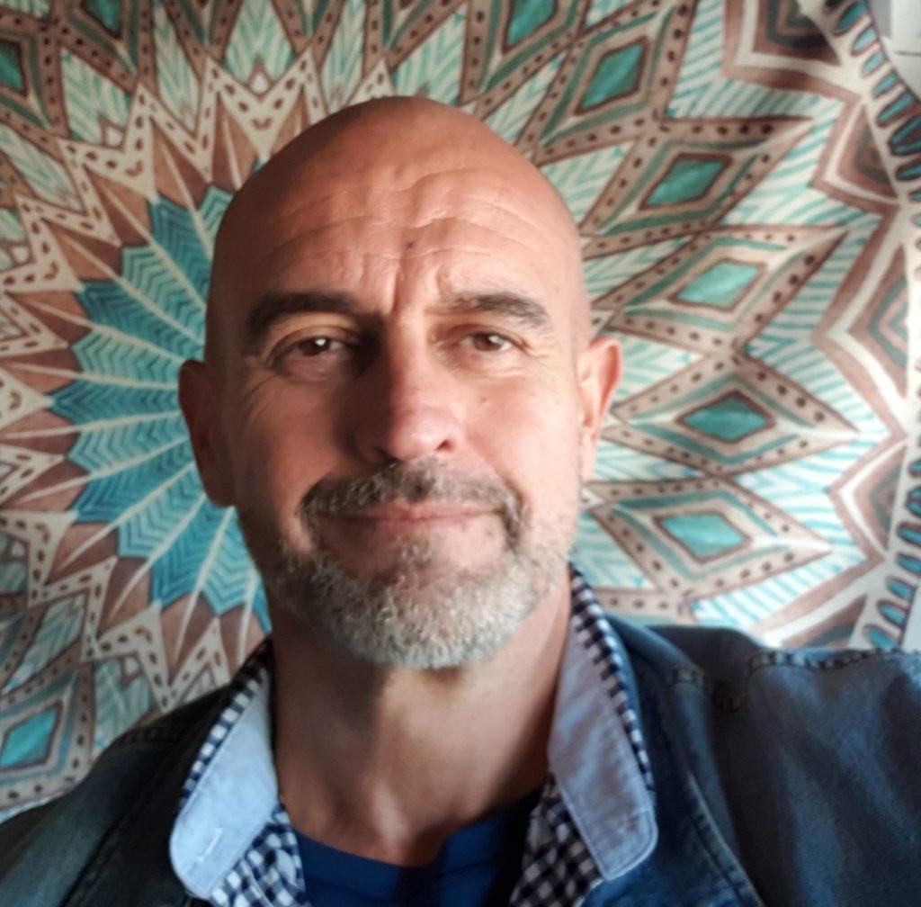Rafa Navarro: 'Esta mal llamada pandemia es un engaño' | noentiendonada.es